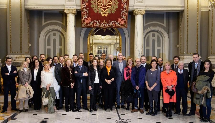 Los miembros asistentes del club Moddos en ayto. Valencia