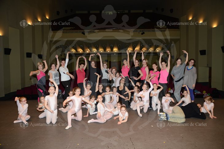 Dia Internacional Danza. Danzando en Familia 1