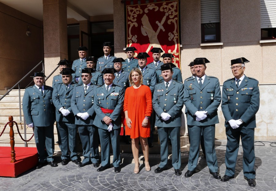 Ultimo acto como delegada de gobierno de Paula Sanchez de Leon, en el cuartel de la gurdia civil de la Malvarrosa, celebración del 170 aniversario de la Benemerita.