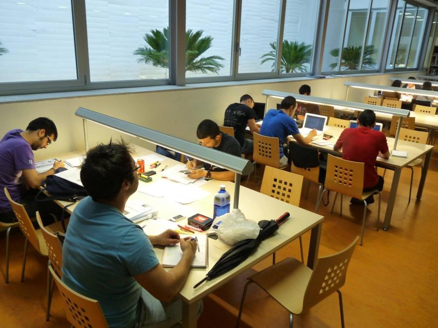 biblioteca estudiants